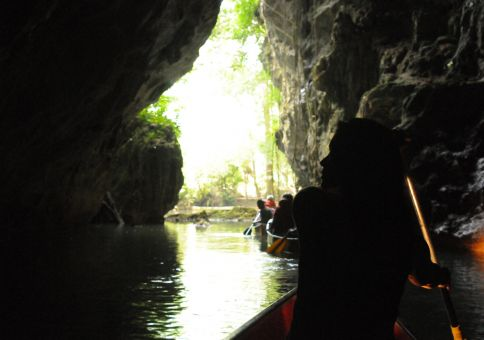 31) Canoe through a cave