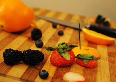 313) Make a fruit work