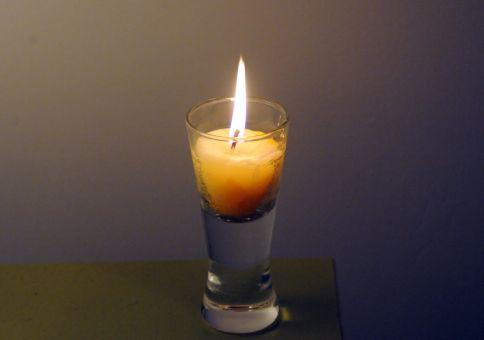 135) Make a candle