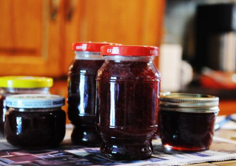 213) Make homemade jam