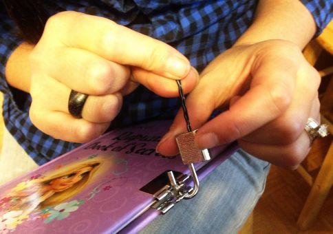 327) Pick a lock