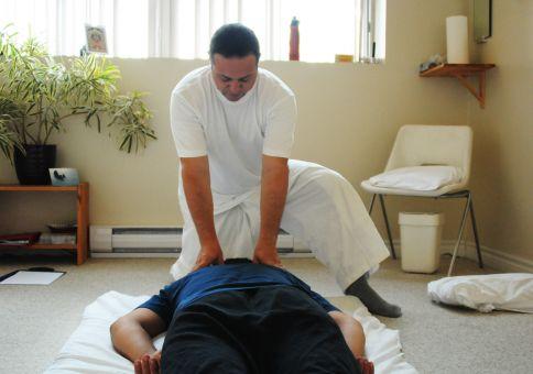 230) Get a shiatsu massage