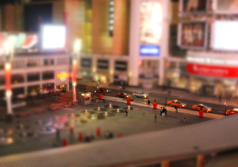 87) Make a tilt shift photo