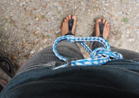 158) Wear a rope belt